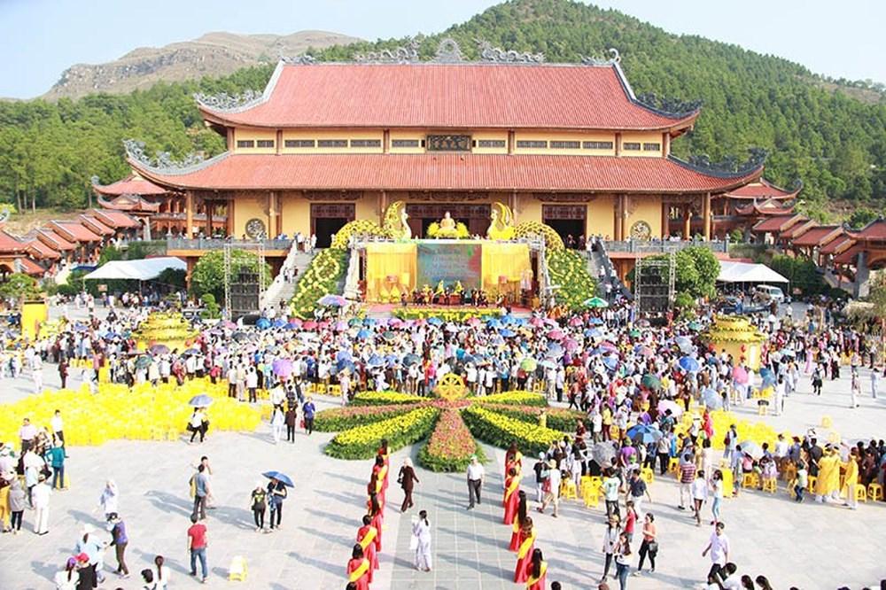 Hội chùa Hóa Long